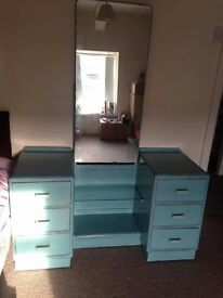 Shabby Chic vintage drawers and mirror