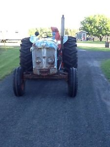 Fordson Super Major tractor for sale.