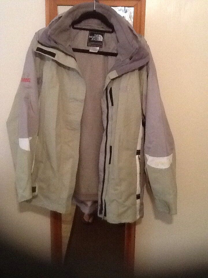 The north face woman's coat £20.00