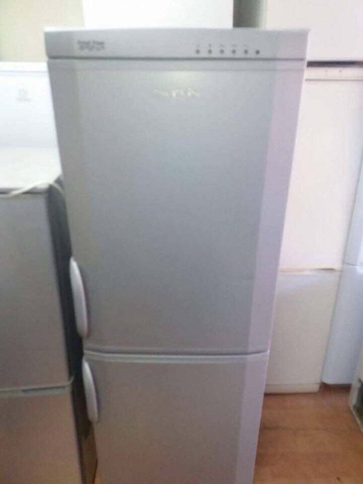 Servis Fridge Freezer With Free Deliveryin Stratford, LondonGumtree - Servis Fridge Freezer With Free Delivery We Deliver Anytime And Any Day To London, Kent and Essex Wide 60 cm Height 180 cm Price 109.99 Fully Working And Fully Tested Very Nice And Clean Free Delivery within 5 mile 3 month warranty Free...