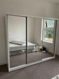 NEW CHICAGO SLIDING DOOR WARDROBE NOW AVAILABLE IN STOCK