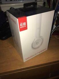 BRAND NEW SEALED Beats Solo 3 Wireless Headphones
