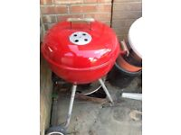 Red Webber barbecue. Good condition