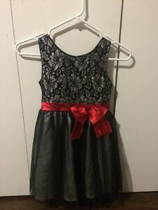 Girl's Dress Size 6/6X