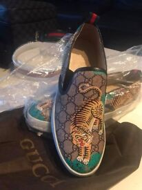 Gucci summer sneakers only size left is 8