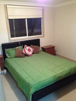 One bedroom fully furnished no bills free wifi $400 Merrylands West Parramatta Area Preview