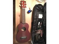 MAKALA UKULELE Perfect Condition with case & electric tuner BARGIN!