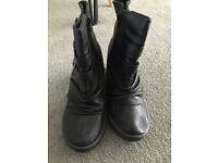 Blowfish women boots 7 sizes