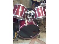 YAMAHA STAGE CUSTOM 5 PIECE DRUM KIT WITH CYMBALS ETC