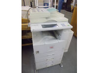 LARGE OFFICE PHOTOCOPIER MACHINE FOR SALE