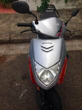 CHEAP SCOOTER TO GO QUICKLY Redfern Inner Sydney Preview