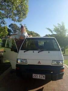 Mitsubishi Express camper Van