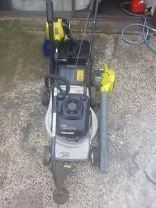 4 stroke victa lawnmower & 2 stroke blower vac + whipper snipper Dapto Wollongong Area Preview