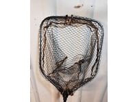 Savage Gear landing net 65×50cm in very good condition