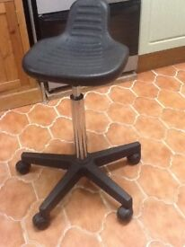 Stool on castors, ideal for hairdressers cutting stool.