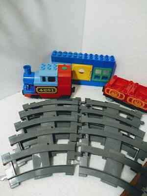 duplo train engine and track [works]
