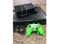 Xbox one 500gb video games console in great condition with all leads and 1 x wired controller