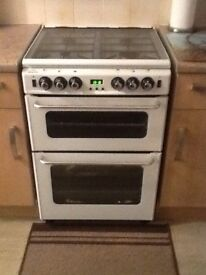 White cooker new world new home gas