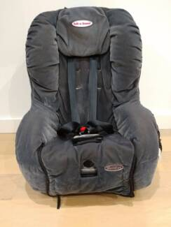 Safe n Sound Car seat - for quick sale!
