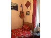 Fab central Edinburgh 2 bed flat for Xmas break, Prime location