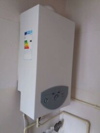 Almost New Gas Water Heater in Excellent Condition