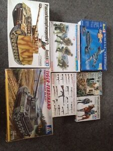 Army war model kits tanks planes people Cambridge Clarence Area Preview