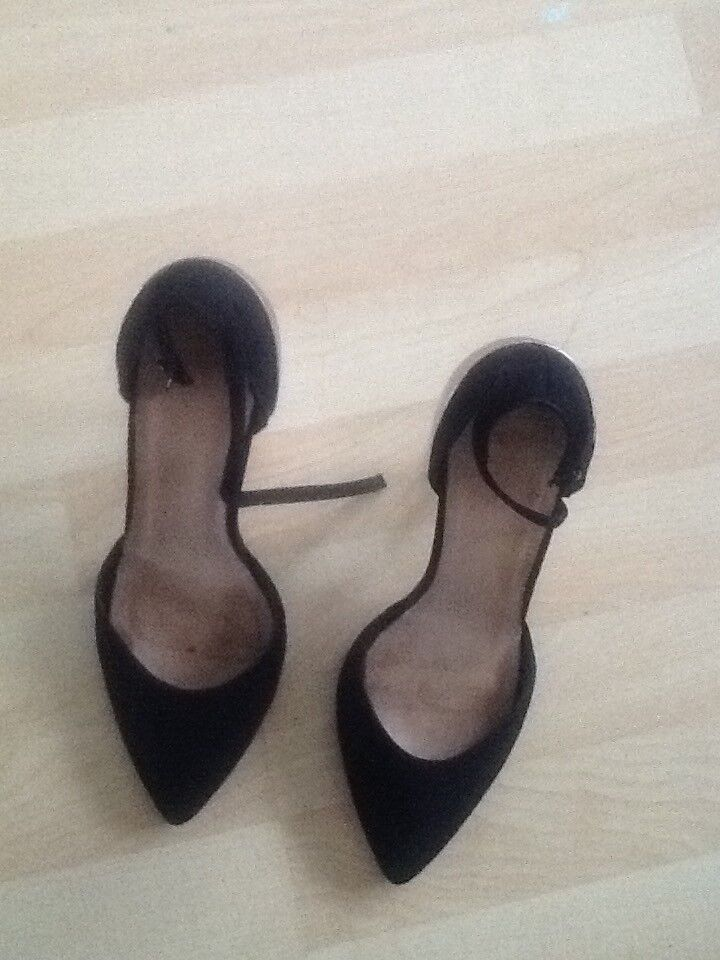 be2a5c18f10 Asos shoe size review