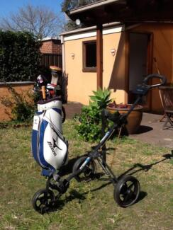 Moving overseas sell !!!   Men full golf set & golf bag & buggy Pagewood Botany Bay Area Preview