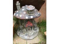 Big n heavy garden mushroom house £15