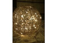 Wire ball Christmas lamp