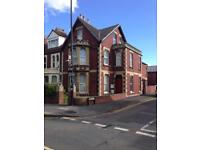 1 LARGE DOUBLE ROOM for RENT IN VERY LARGE VICTORIAN SHARED HOUSE IN BRISTOL AVONMOUTH