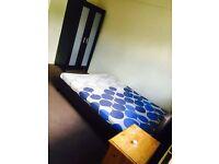 huge double room in mitcham