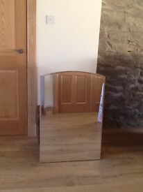 Large mirror in excellent condition