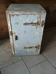 Solid Wooden Ice Chest Boondall Brisbane North East Preview