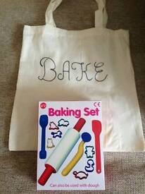 Kids baking set new condition