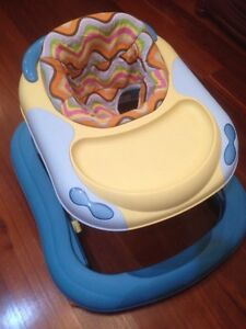 Baby walker Darch Wanneroo Area Preview