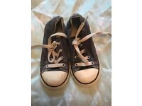 Converse toddler size 9