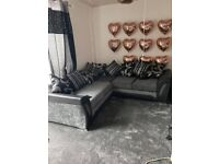 😋45% OFF ON BRAND NEW SHANNON BLACK AND GREY CORNER OR 3+2 SEATER SOFA SET ORDER NOW 😘