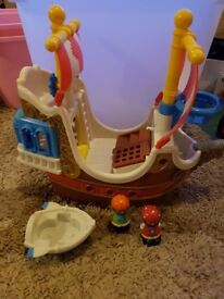 "Happyland ""Jolly Roger"" Pirate Ship RRP £60"