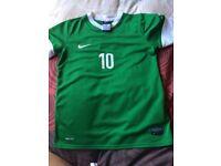 Nike dri-fit football shirt and shirts set.