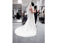 David's Bridal Chiffon A-line Wedding Dress Ivory size 12 US /14-16 UK