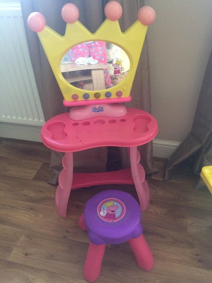 PEPPA PIG DRESSING TABLE & STOOL (SOUND EFFECTS) | in Liverpool, Merseyside  | Gumtree