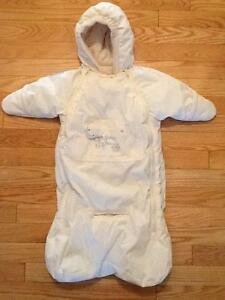Gagou Tagou Newborn Snowsuit West Island Greater Montréal image 1