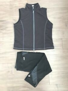 Ladies fitness lot Roots & Avia  size Large