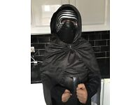 USED ONCE MENS SMALL KYLO REN COSTUME WAS 20 IN ASDA JUST £5 FOR QUICK SALE