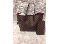Ladies Louis Vuitton neverfull bags for sale