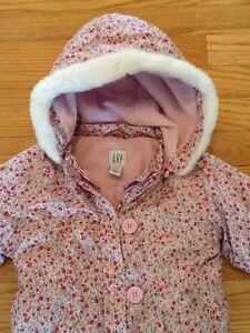 Baby GAP Flower Pattern Snowsuit West Island Greater Montréal image 2