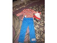 Where's Wally dressing up costume