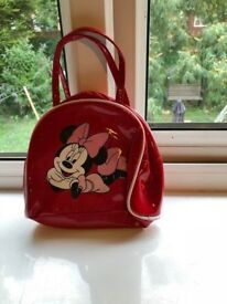 2e71c2be93 DISNEY RED MINNIE MOUSE HANDBAG USED
