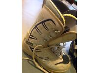 Burton snowboard, boots and bindings for a woman or teenager